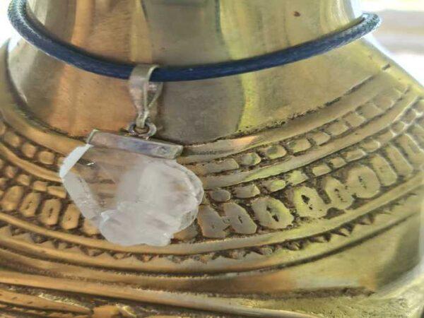 Faden Quartz Crystal Pendant